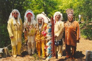 5 Native Americans from the Nansemond Tribe in Traditional Clothing